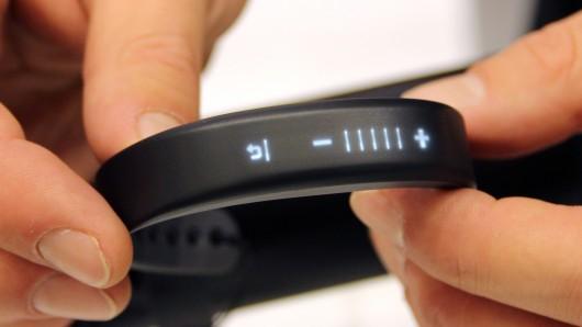 Garmin Vivosmart Vs Fitbit Charge